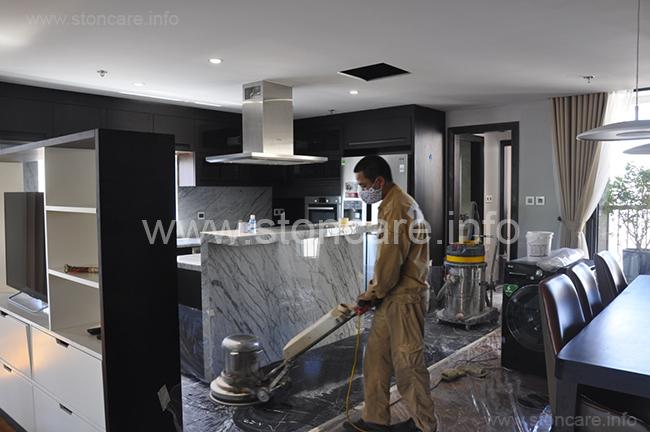 Stonecare thực hiện dịch vụ làm sạch và đánh bóng đá tự  nhiên tòa nhà Diplomat Sky Villa building