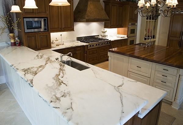 Những lưu ý khi sử dụng và chăm sóc mặt bàn bếp đá Marble
