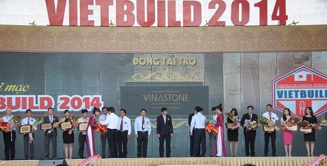 Vinastone trong ngày khai mạc Triển lãm Vietbuild Hồ Chí Minh 2014